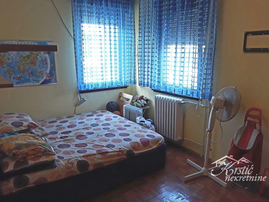 Stan Erdoglija 80m2  ID 7984