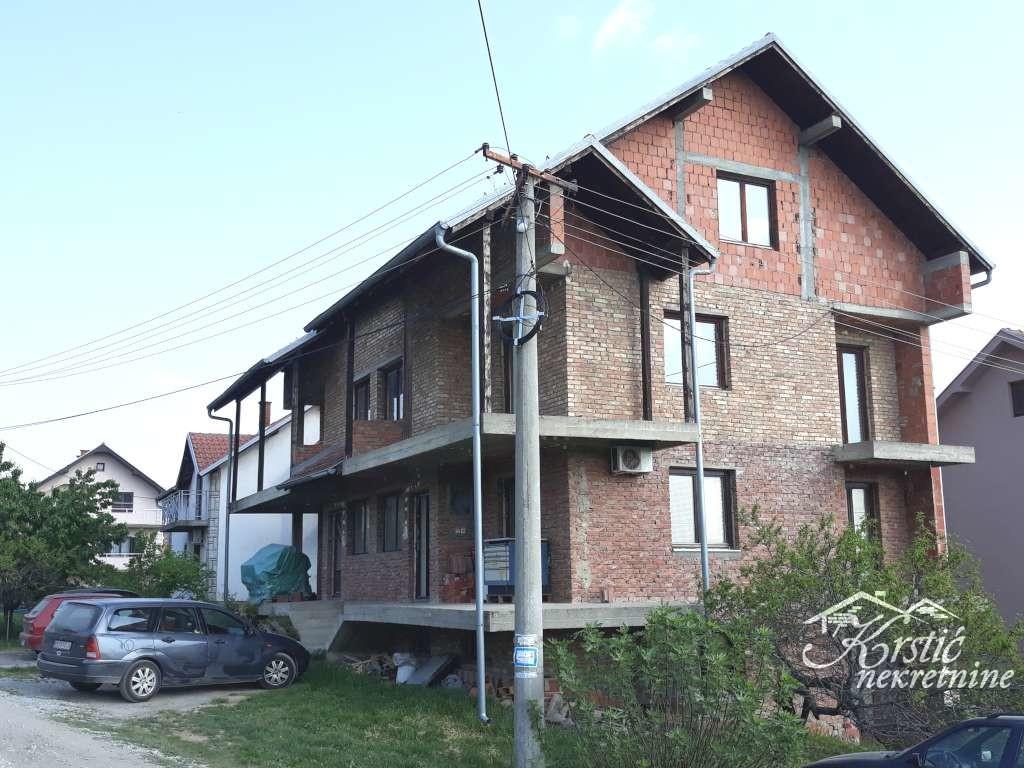 Kuća Denini Brdo 400m2 ID 8023