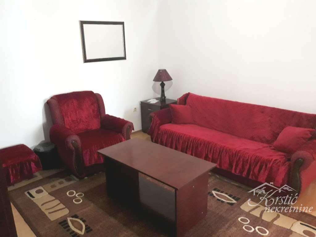 Kuća Šumarice ID 8256