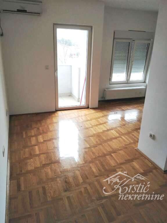 Stan Vašarište 53 m2 ID 8359d